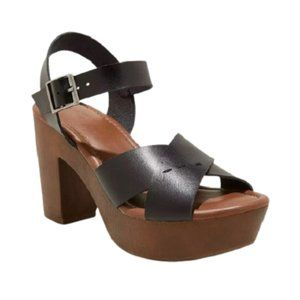 Universal Thread Platform Estella Black Sandals